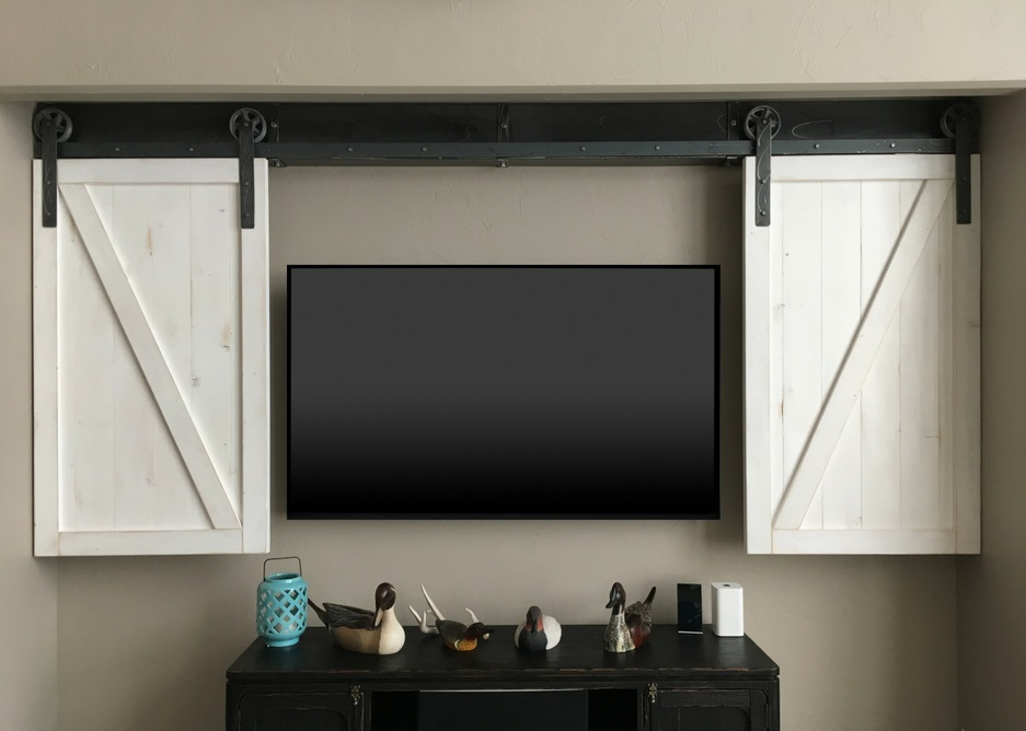 Charlotte tv shutter barn door